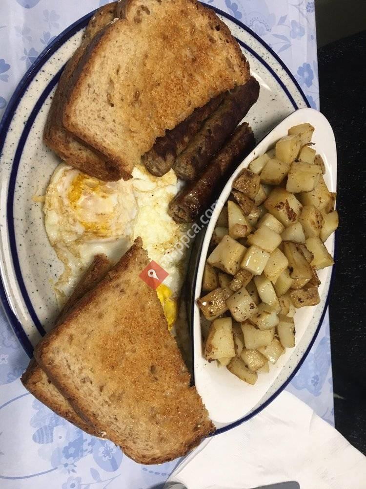 AJ's - Family Diner