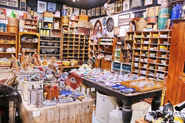 Everything Old Canada Antiques & Vintage