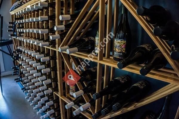 Nighthawk Vineyards