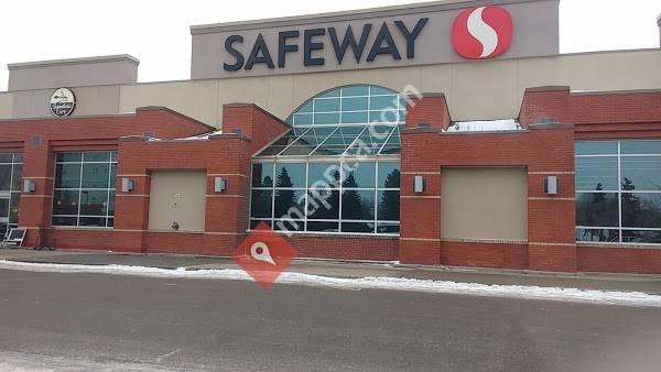 Safeway Gateway Village Mall